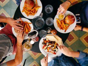 Avoid heavy meals to improve sleep
